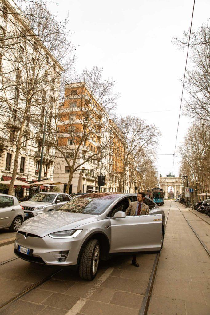 tesla_modelX_suv_luxury_car_electric_power